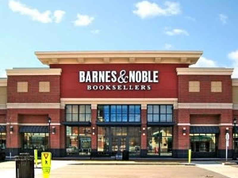 Barnes & Noble May Close Hundreds Of Stores: Report