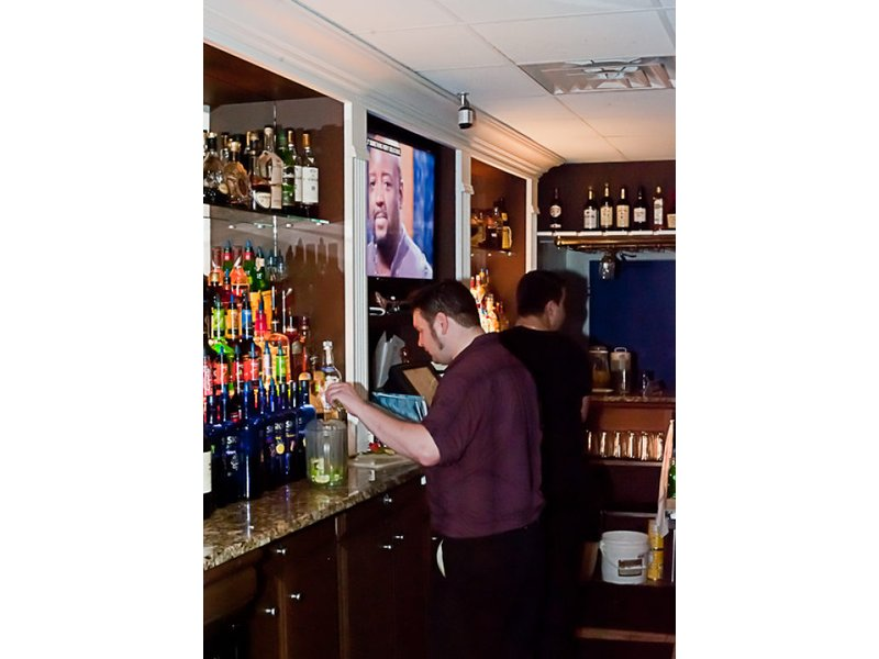 Viewfinder: Nightlife at Yianni's Taverna Sparkles | Hellertown ...