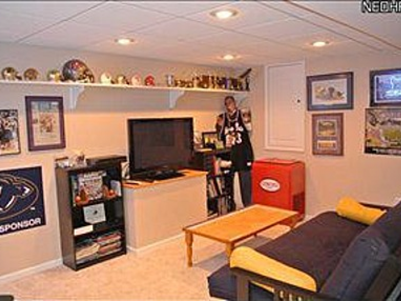 Man Cave House For Sale : Man cave in eagle avenue house for sale stow oh patch