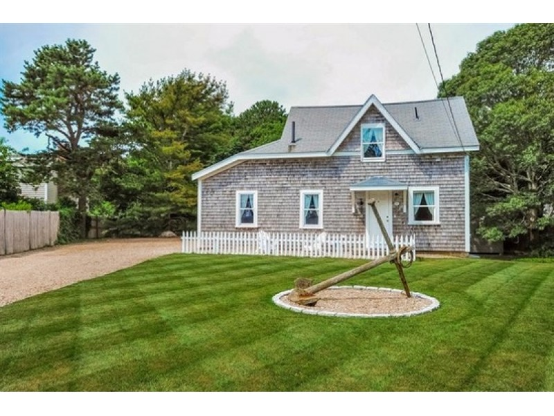 10 new barnstable hyannis homes for sale for Massachusetts home builders