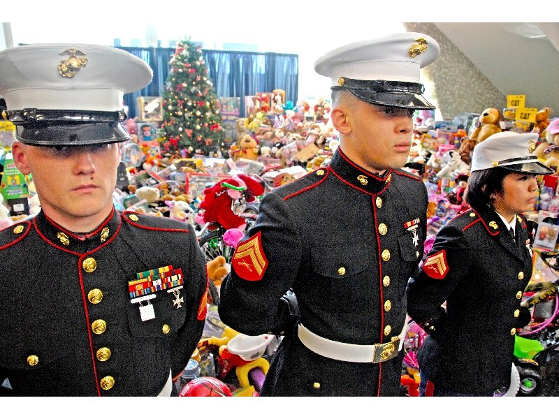 Toys For Tots Chicago : Us marine corps toys for tots campaign niles il patch