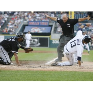 Umpire baseball