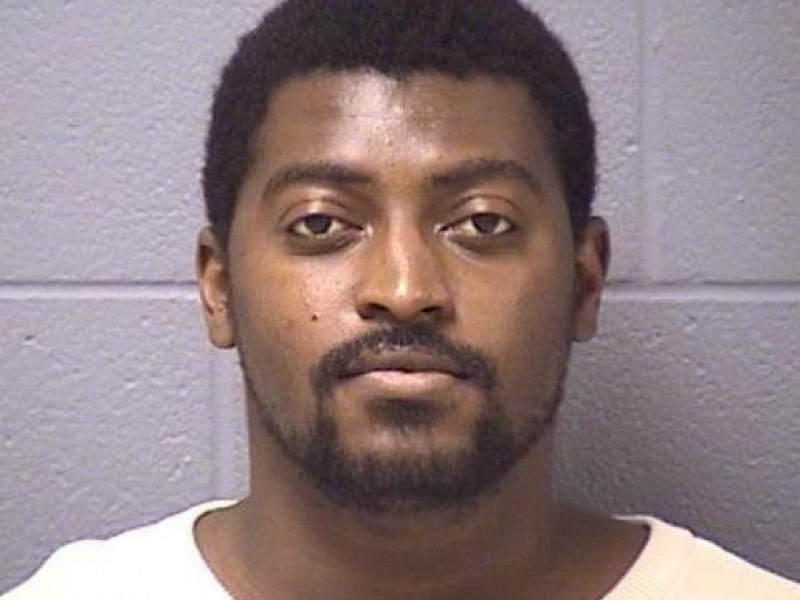 Man exchanged naked photos with girl, 15, police say | The