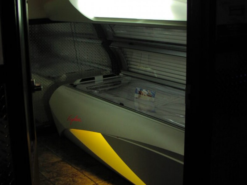 pennsylvania southwhitehall planet fitness expands upgrades tanning adds light therapy