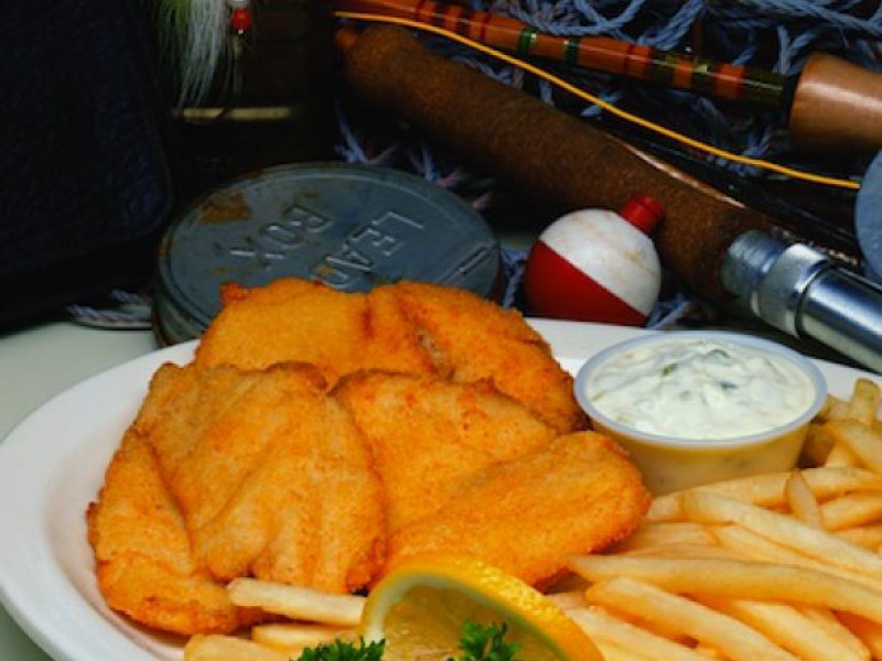 Friday night fish fry dinners options galore in muskego for Fish fry waukesha