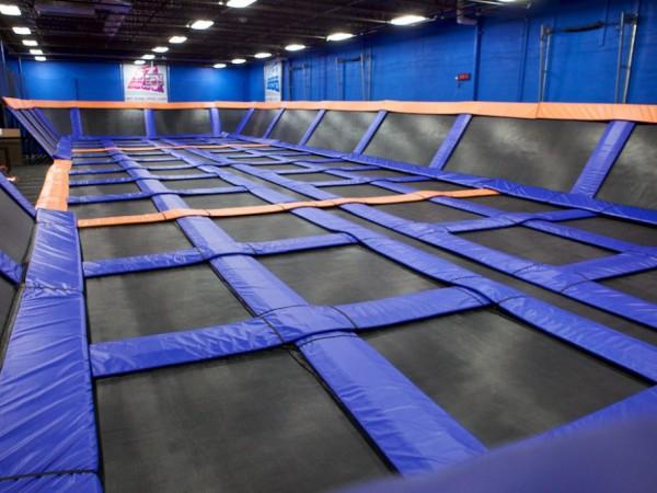 Sky Zone Indoor Trampoline Park Opens In Torrance ...