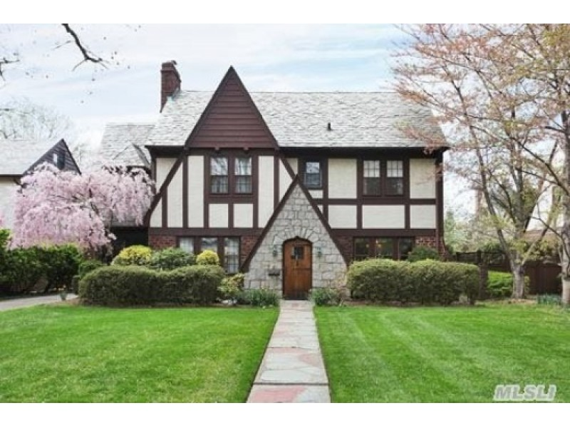 10 Homes For Sale In Garden City Patch