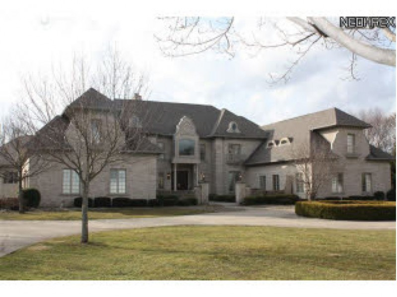 Want A Huge House Check Out These North Canton Homes For