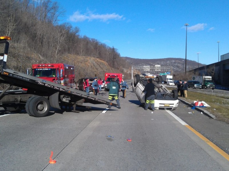 Suv Flips In 5 Vehicle Accident On 287 Mahwah Nj Patch