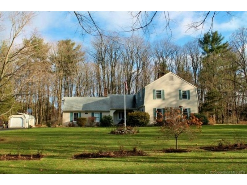 Old farms rd home and other simsbury homes for sale for Houses for sale with inlaw apartments