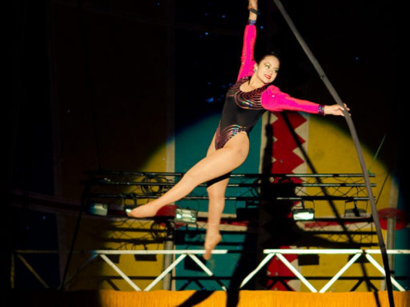 American Crown Circus And Circo Osorio At The Martinez
