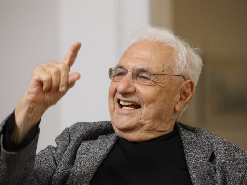 renowned architect frank gehry visits columbia patch. Black Bedroom Furniture Sets. Home Design Ideas