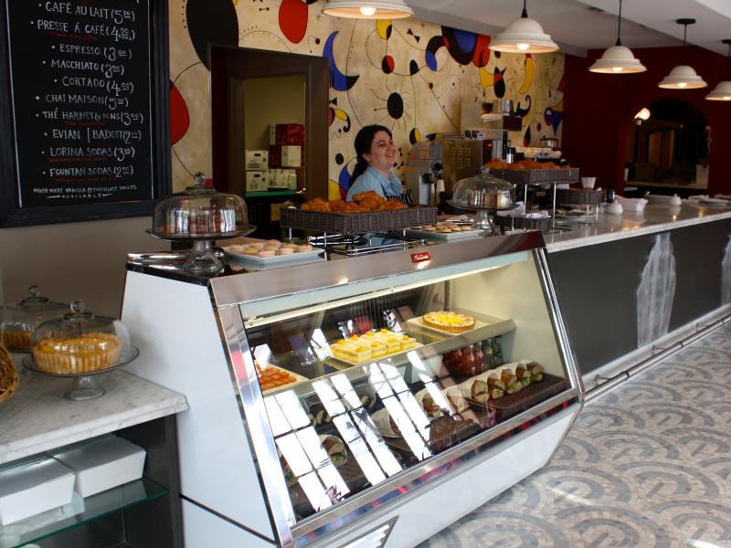 First glimpse at columbia petit louis bistro via 39 comptoir for Petit restaurant