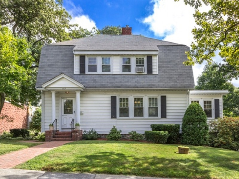 5 most expensive malden homes on the market for Most expensive homes on the market