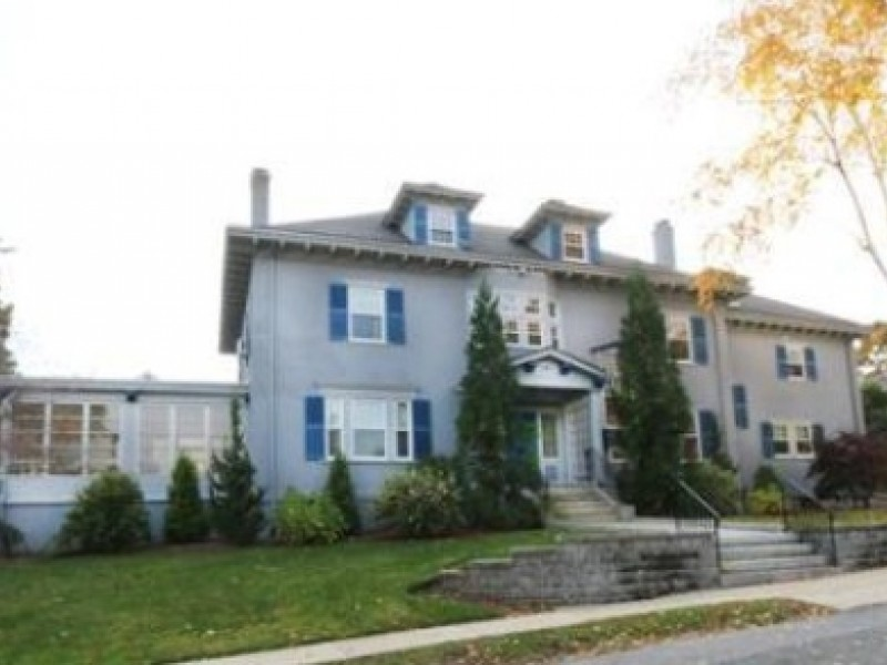 Photos 5 most expensive medford homes on the market for Most expensive house in massachusetts