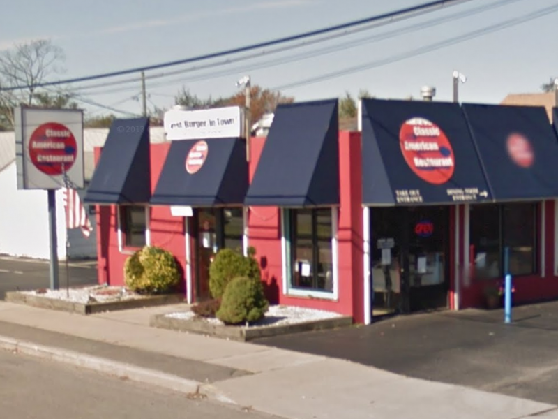 Classic american restaurant closed up for sale for American classic diner