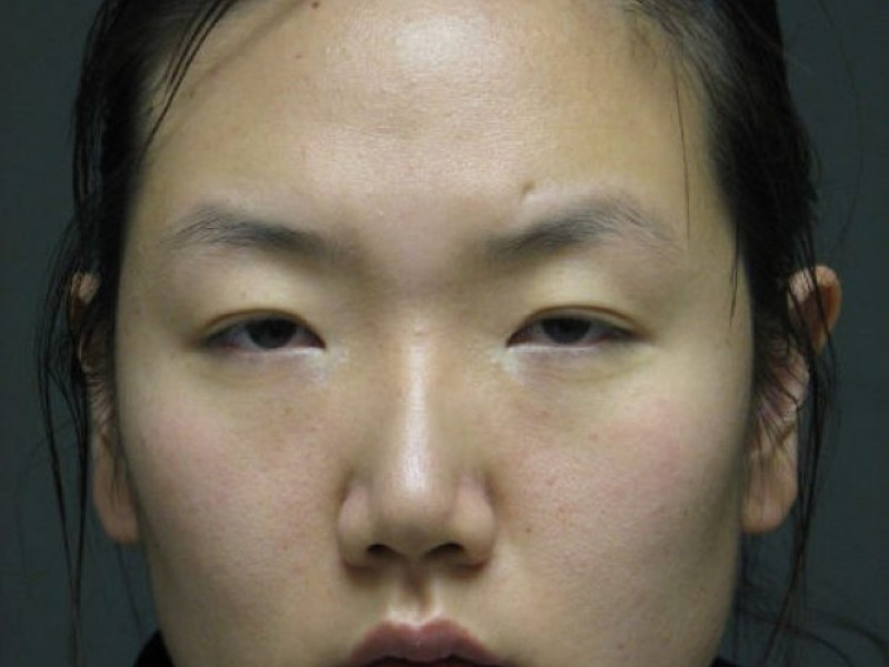 Cook County Circuit Court Judge Garritt Howard sentenced Na Yun Choi to pay a $400 fine and to two years probation for a misdemeanor battery charge, ... - 7a3437b4524208be697cf9d8ea8f79f1