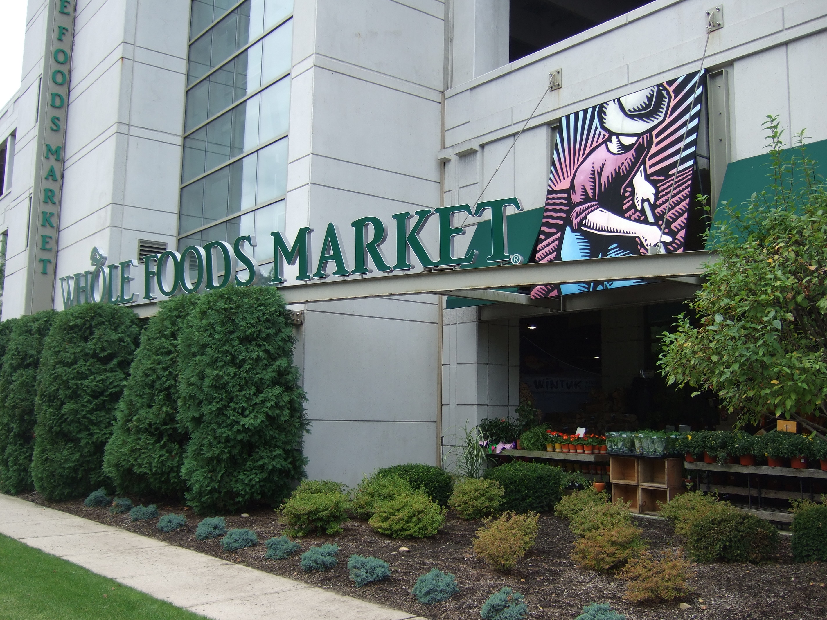 Whole Foods Will Open Small Stores