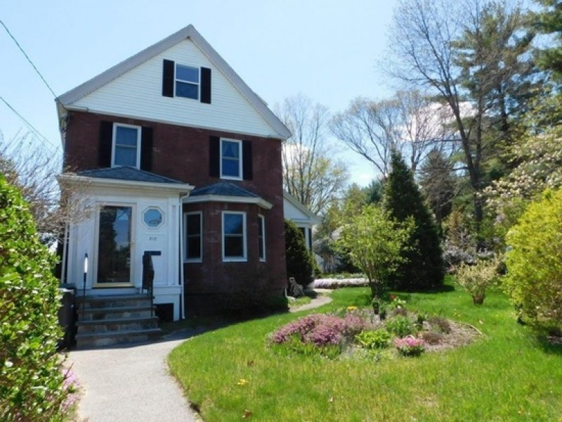Home of the Week 212 Needham St