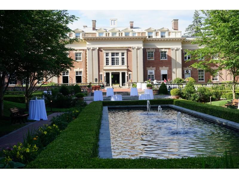 Evening In The Loyola Prayer Gardens Fundraiser Showcases