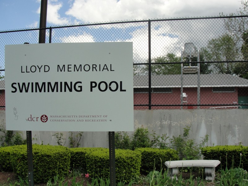 Report Tremont Street Pool Closed After Woman 39 S Body Found