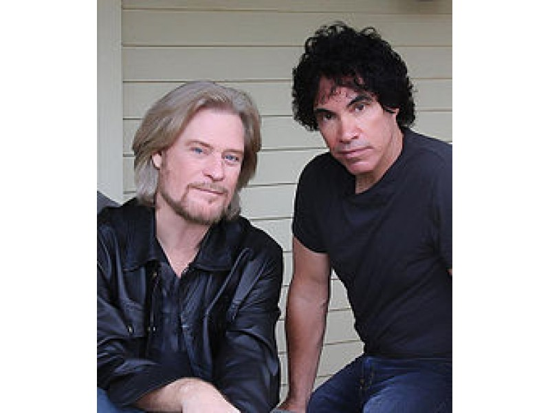 Private Eyes Hall And Oates Zip