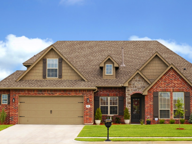 New construction homes for sale in libertyville illinois for Brick homes with stone accents