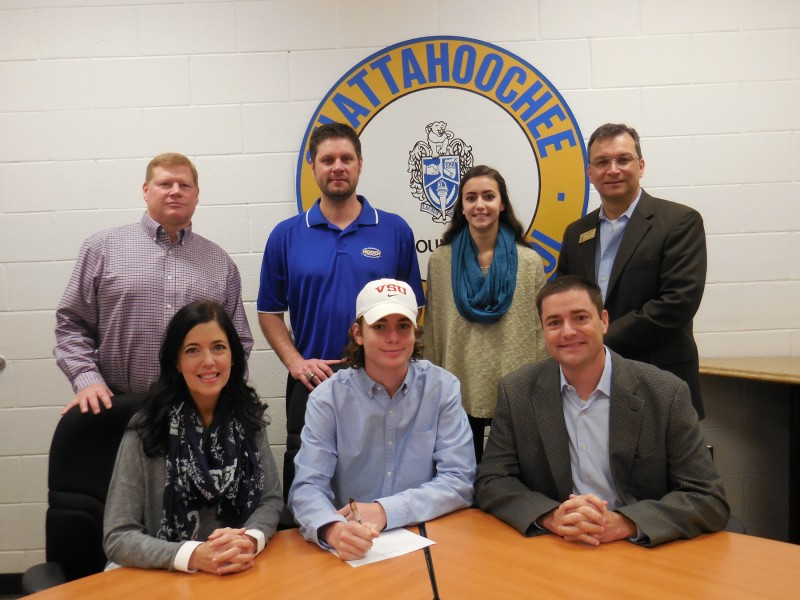 Hooch's Gray to Play Football at Valdosta State