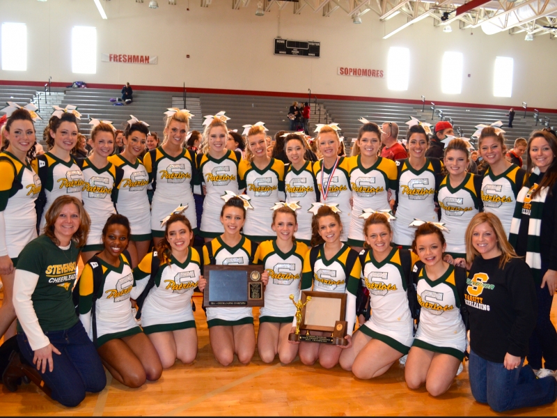 stevenson high school varsity cheer continues on with