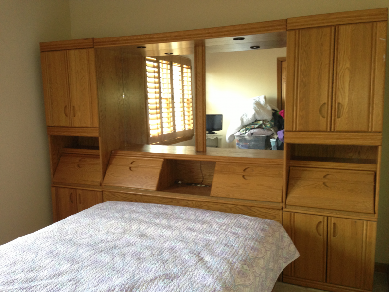 Wall Storage Unit Queen Platform Bed With Mirrors Outlets