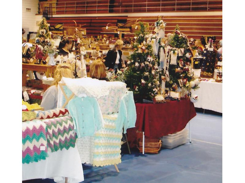 Brookfield East Craft Fair