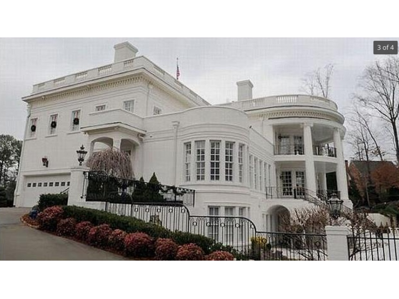 Wow house get your very own white house for 5 million for House plans 10000 square feet plus