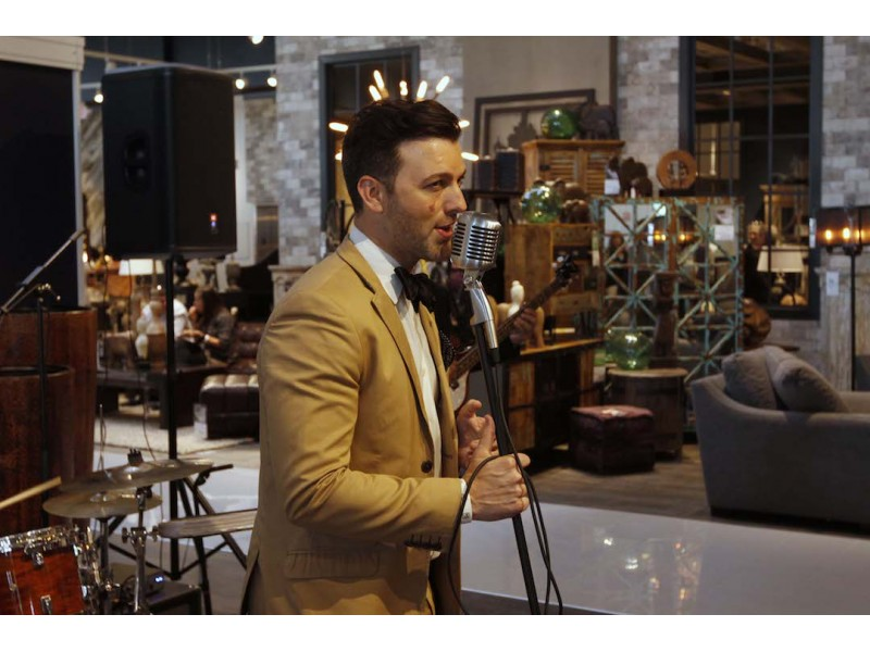 Gallery Jennifer Hudson Dazzles In Downers Grove At Art