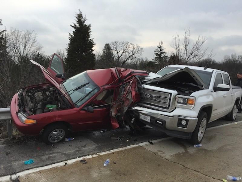 Car Crash Injuries Fatal For Elderly Driver In Oak Brook