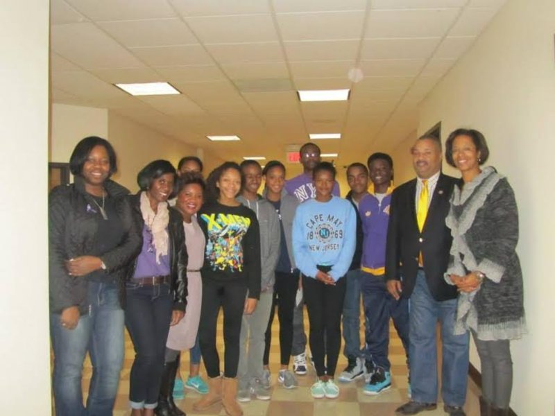 Teens from Jack and Jill Meet with Congressman Payne