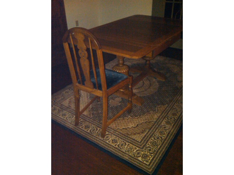 Early 20th Century Oak English Pub Table W 4 Chairs