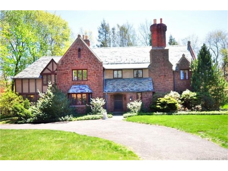 Homes For Sale In Avon Ct Zillow