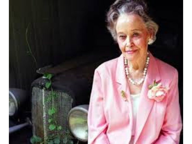 lorraine warren - photo #7