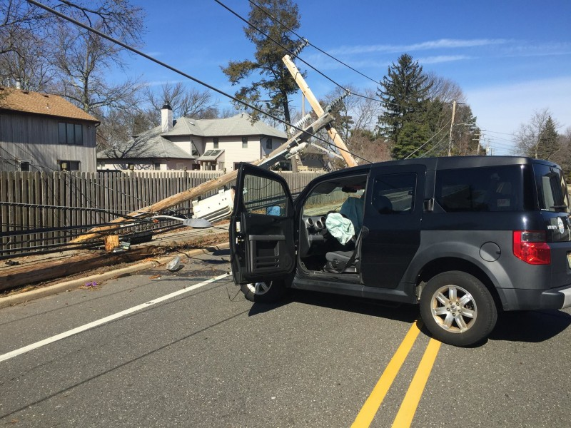 Traffic alert crash closes clifton avenue toms river for Motor vehicle nj freehold
