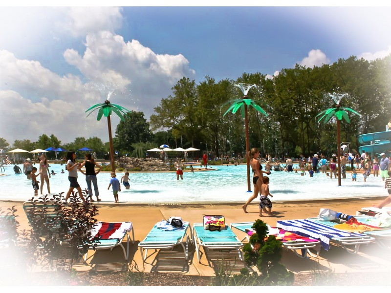 Early bird registration underway for manorhaven beach park for Garden city pool jobs