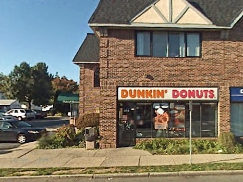 Williston Park Dunkin 39 Donuts Robbed At Knifepoint Again