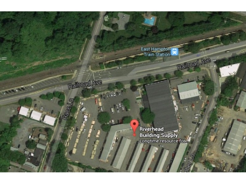 Man hospitalized for hand injury while working in east for Riverhead building supply
