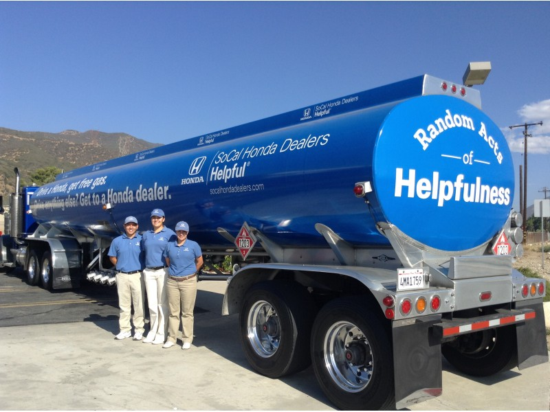 Helpful guys in blue deliver free gas memorial day weekend for Southern california honda dealers
