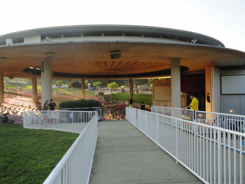 June Concerts At Pnc Bank Arts Center In Monmouth County