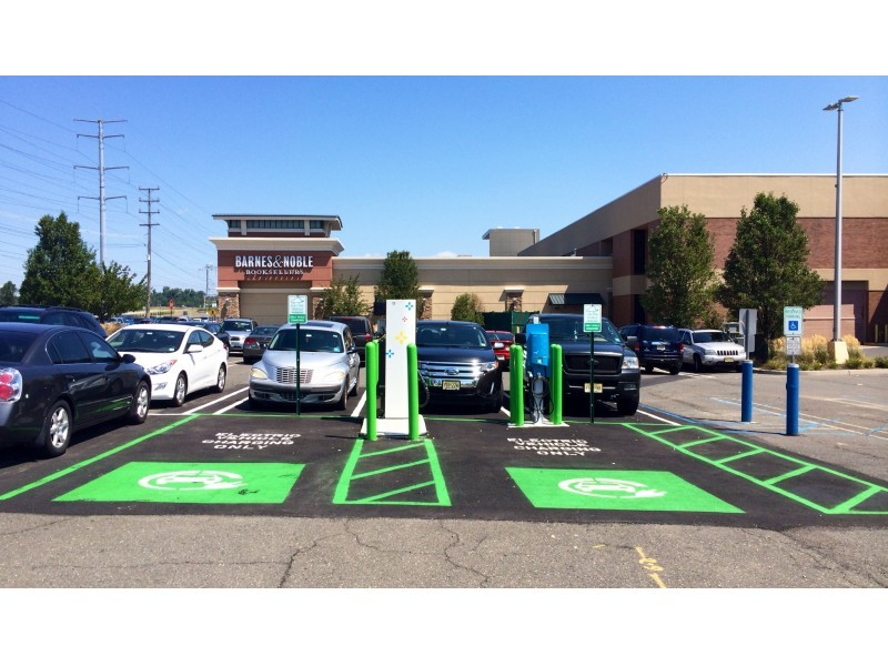Livingston Mall Now Has An Electric Vehicle Charger