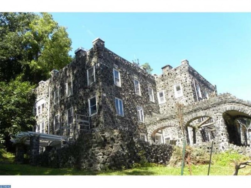 Historic Castle Destroyed By Fire In Delaware County