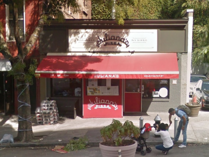 Juliana 39 s pizza in brooklyn voted best pizza in america for 11 terrace place brooklyn