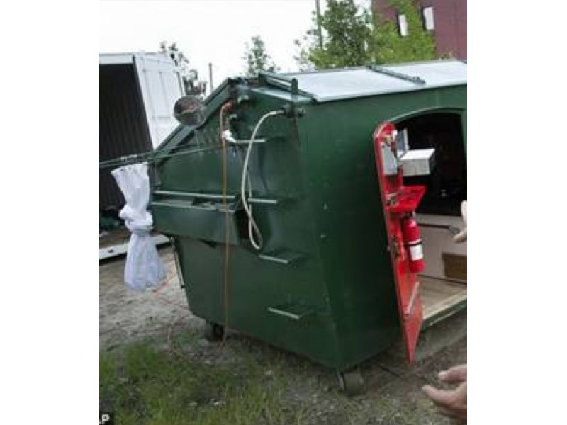 Brooklyn Dumpster 'Apartment' Posted to Craigslist for ...