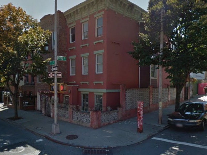Barber Williamsburg : Pictured, from left: L&L Barbershop; South 5th and Keap streets; 417 ...