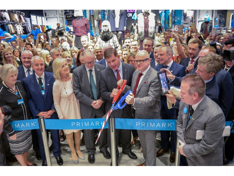 primark unveils first u s store in boston 39 s downtown crossing fenway ma patch. Black Bedroom Furniture Sets. Home Design Ideas